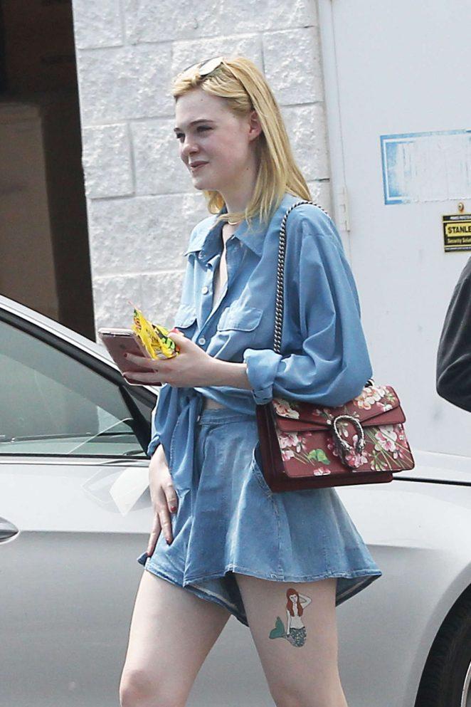 Elle Fanning in Jeans Shopping in Los Angeles