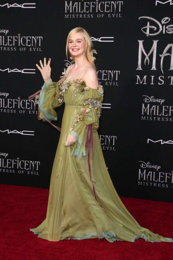 Elle Fanning Maleficent Mistress Of Evil La Premiere 23