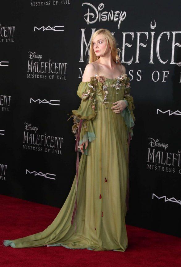 Elle Fanning Maleficent Mistress Of Evil La Premiere 25