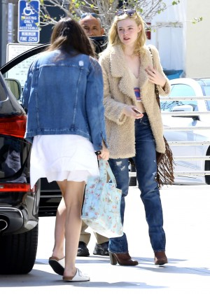 Elle Fanning: Out and about in Beverly Hills -01
