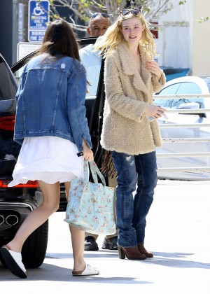 Elle Fanning: Out and about in Beverly Hills -04