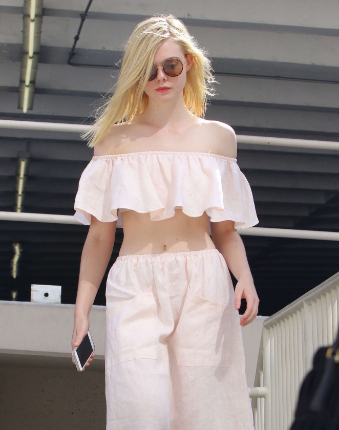 Elle Fanning – Out and about in Hollywood
