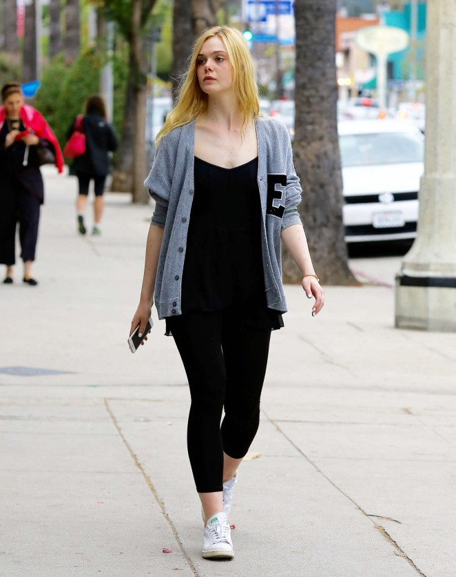Elle Fanning – Out and about in Studio City