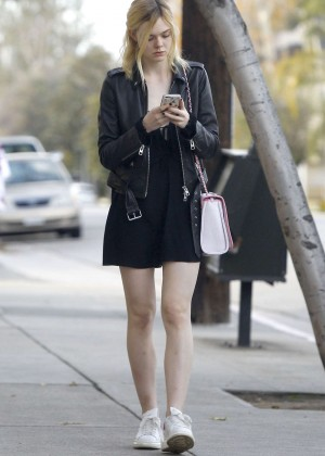 Elle Fanning: Out and about in Studio City -04