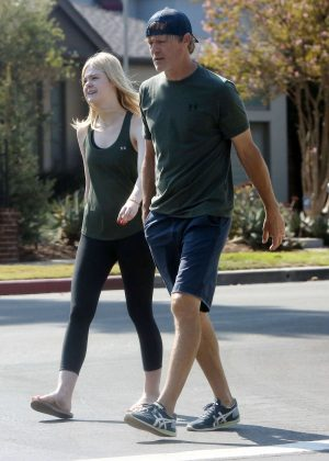 Elle Fanning - Out with her dad in Studio City