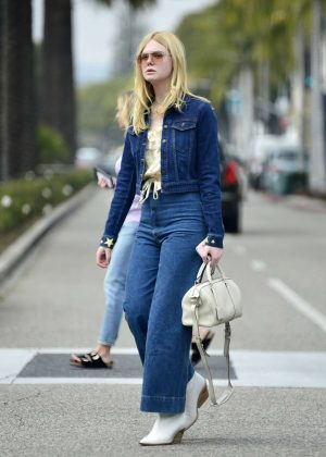 Elle Fanning - Shopping in Beverly Hills