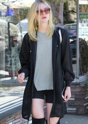 Elle Fanning - Shopping in Studio City
