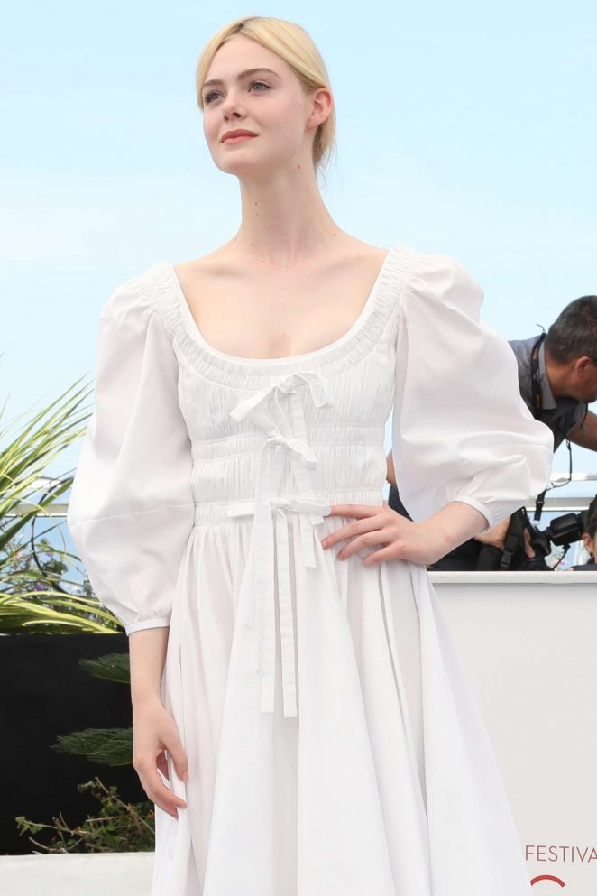 Elle Fanning - 'The Beguiled' Photocall at 70th Cannes Film Festival