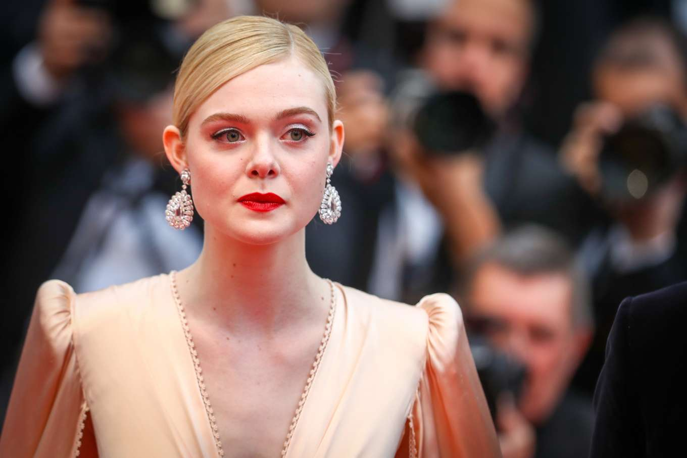 2019 Cannes Film Festival Opening Ceremony: Elle Fanning: The Dead Dont Die Premiere -05