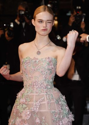 Elle Fanning - 'The Neon Demon' Premiere at 2016 Cannes Film Festival