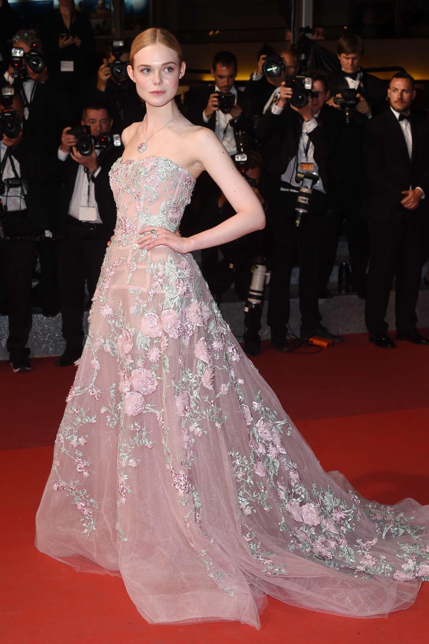 Elle Fanning The Neon Demon Premiere At 2016 Cannes Film