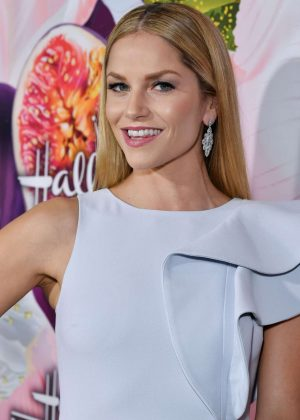Ellen Hollman - 2018 Hallmark Channel All-Star Party at TCA Winter Press Tour in LA