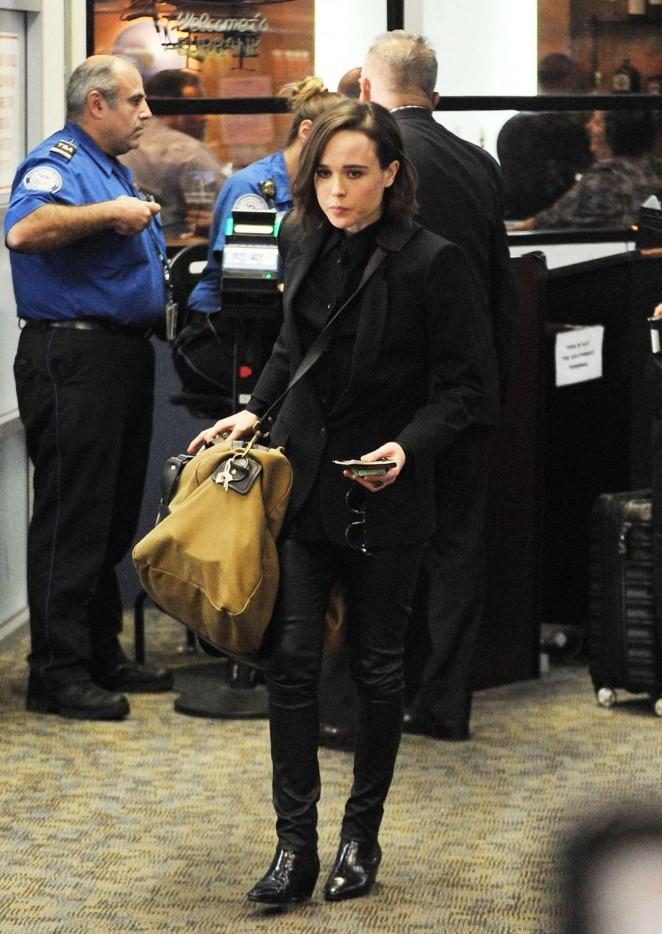 Ellen Page - LAX Airport in Los Angeles