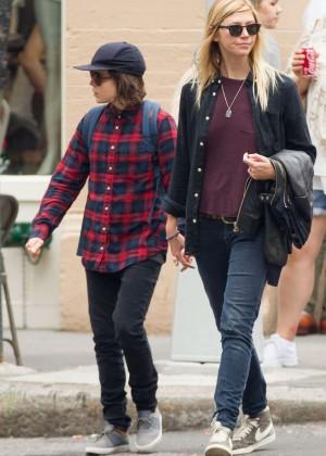 Ellen Page in Jeans Out in Soho