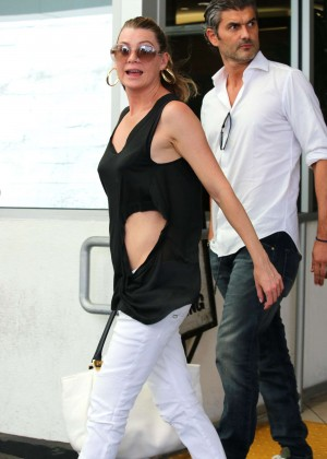 Ellen Pompeo - Out and about in Beverly Hills
