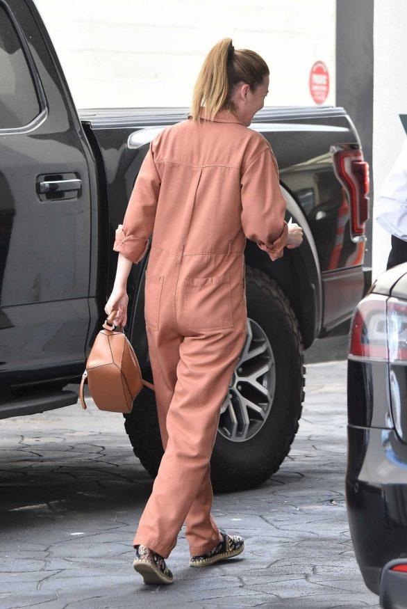 Ellen Pompeo - Out in Beverly Hills