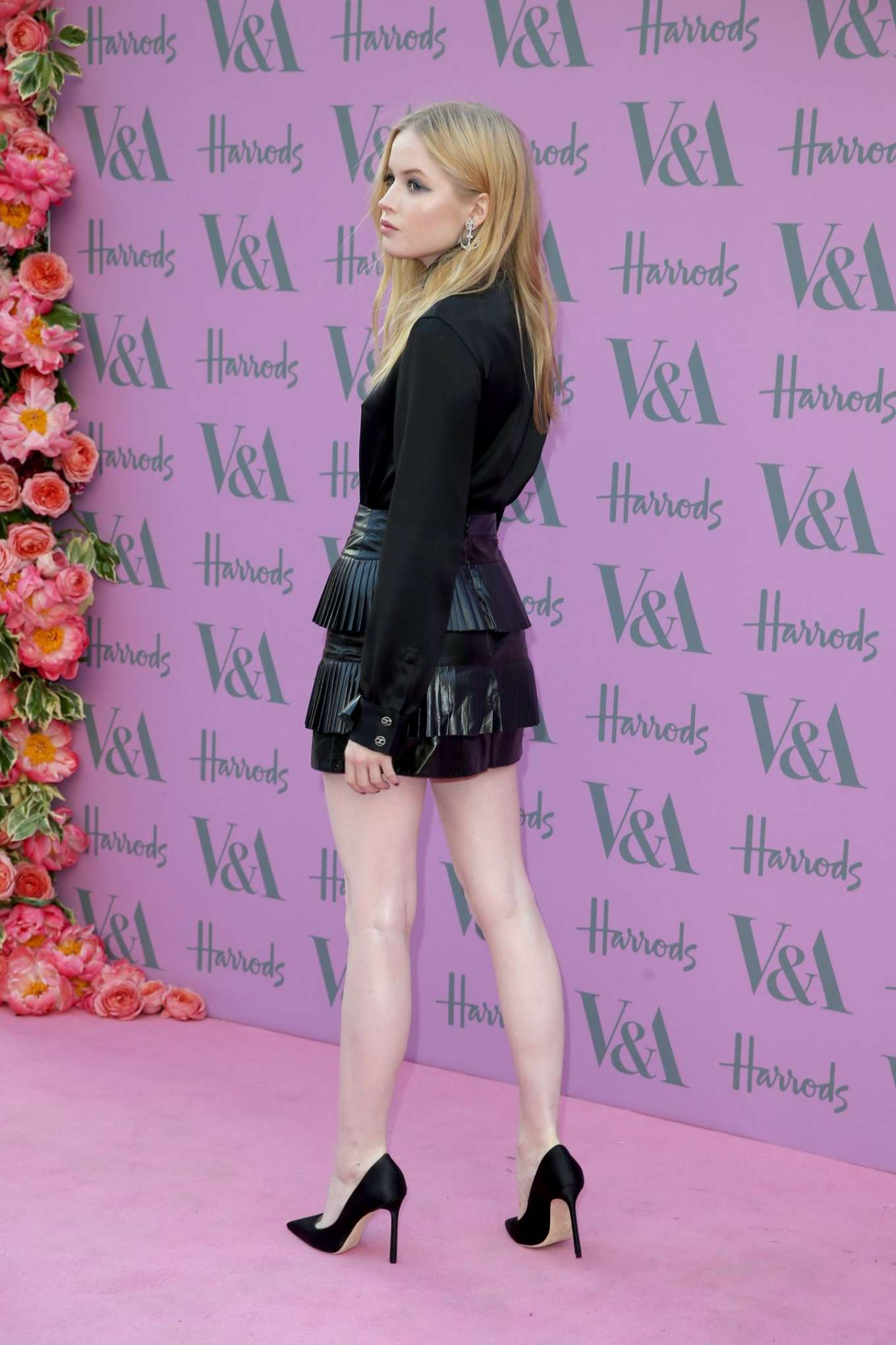 Ellie Bamber 2018 : Ellie Bamber: 2018 Victoria and Albert Museum Summer Party -02
