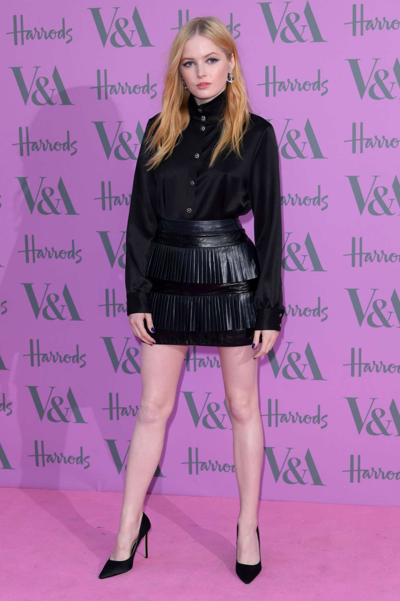 Ellie Bamber 2018 : Ellie Bamber: 2018 Victoria and Albert Museum Summer Party -06