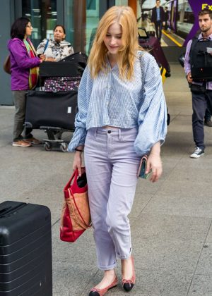 Ellie Bamber - Arriving at Heathrow Airport in London