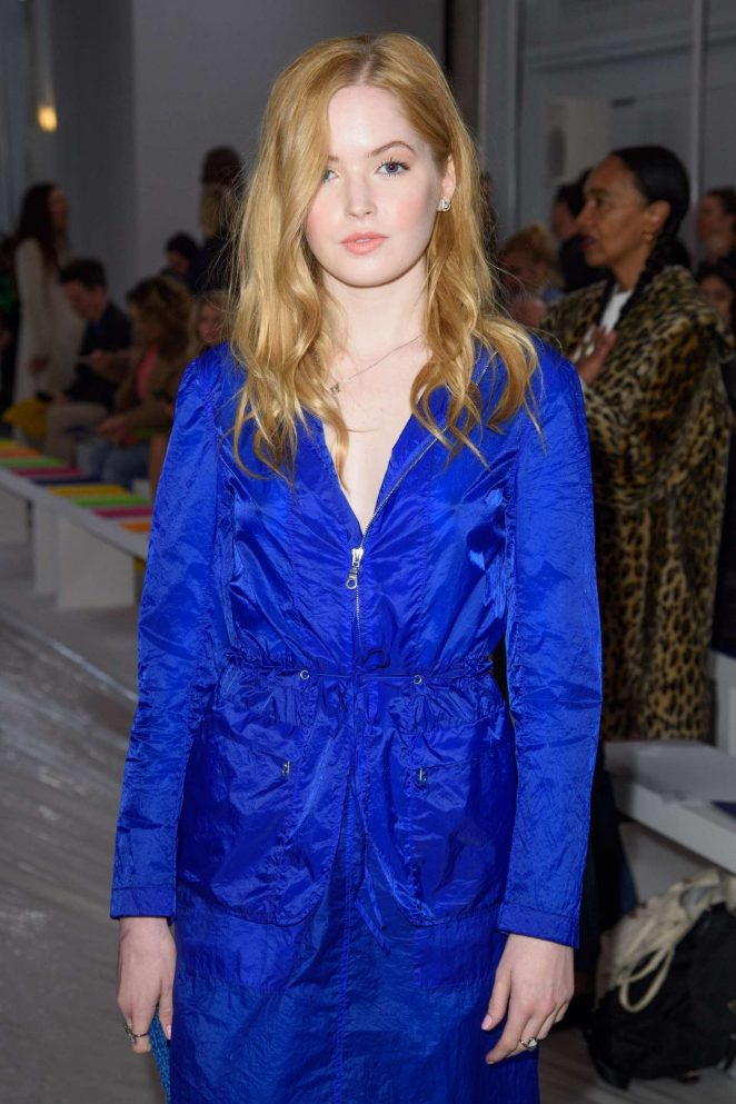 Ellie Bamber - Jasper Conran Fashion Show 2018 in London