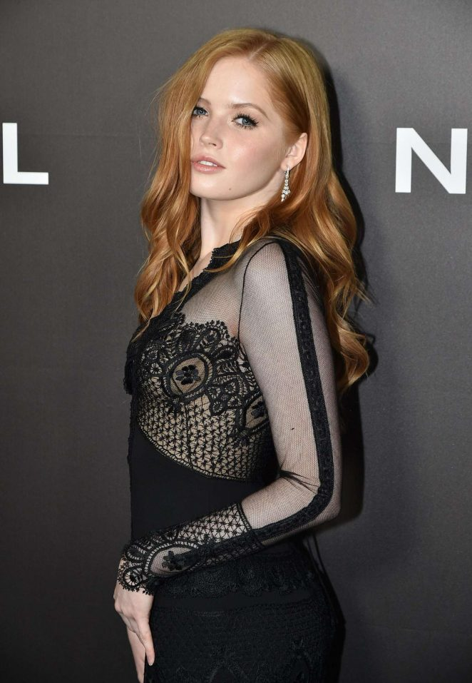 Ellie Bamber - 'Nocturnal Animals' Premiere in New York