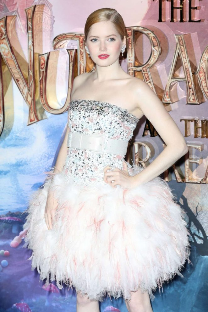 Ellie Bamber - 'The Nutcracker and the Four Realms' Premiere in London