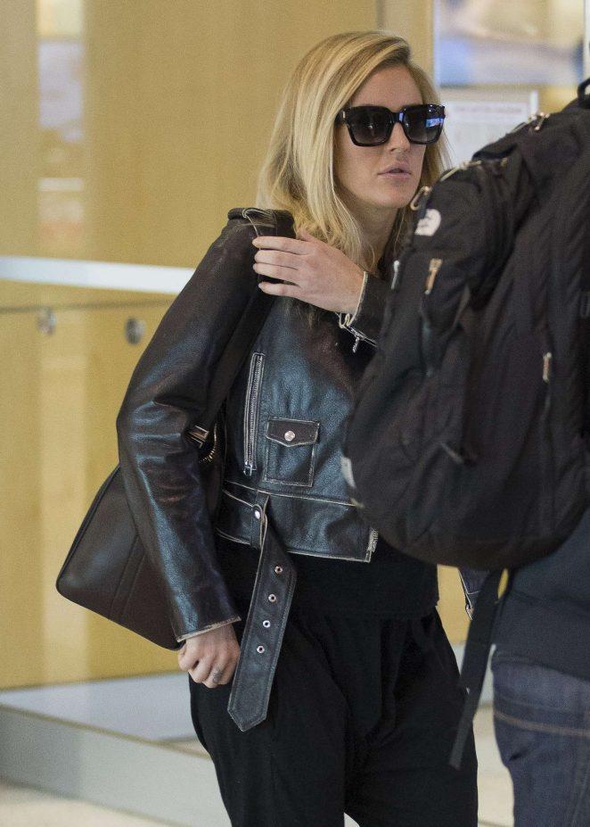 Ellie Goulding Arrives at airport in Sydney