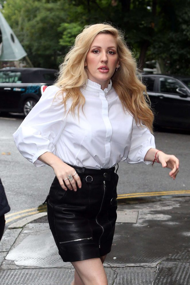 Ellie Goulding at Bourne and Hollingsworth Buildings Cafe in London
