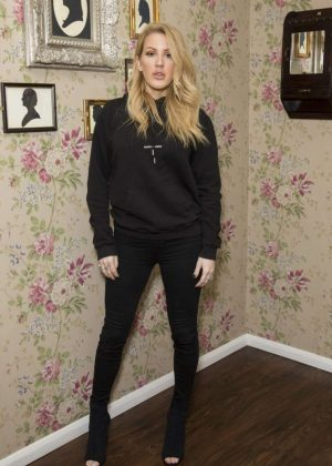 Ellie Goulding at David Haye Vs Tony Bellew Fight in London