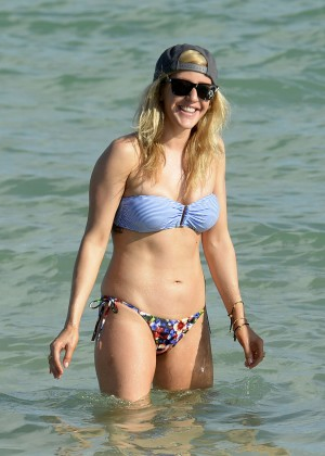 Ellie Goulding in Bikini on the beach in Miami