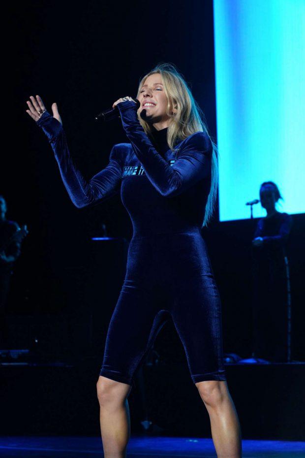 Ellie Goulding - Performing at 2019 103.5 KTU KTUphoria in Wantagh