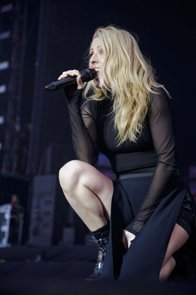 Ellie Goulding - Performing at the Weston Park V Festival in Staffordshire