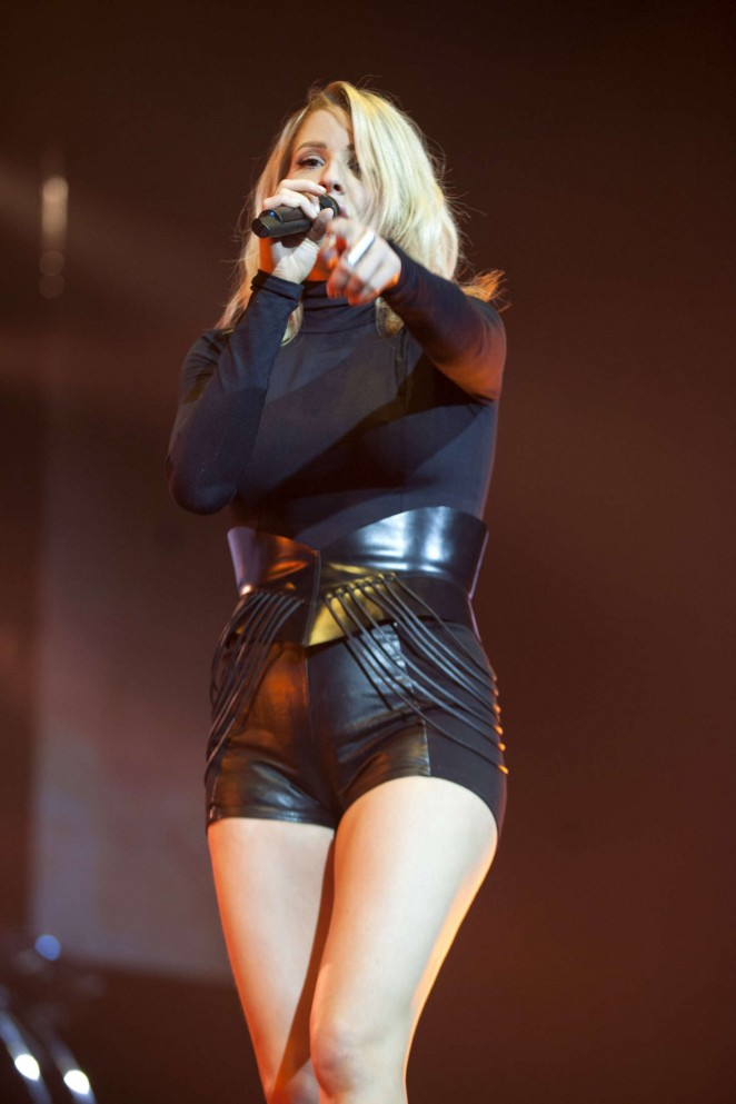 Ellie Goulding - Performs at The SSE Hydro Glasgow in Scotland