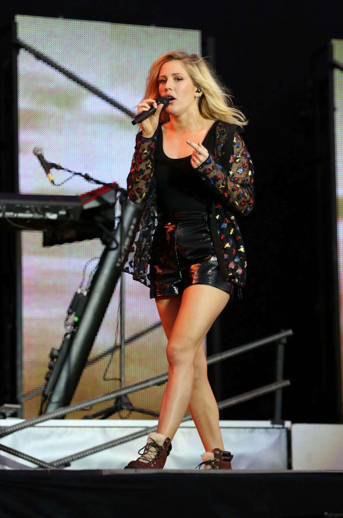 Ellie Goulding - Performs at V Festival at Weston Park