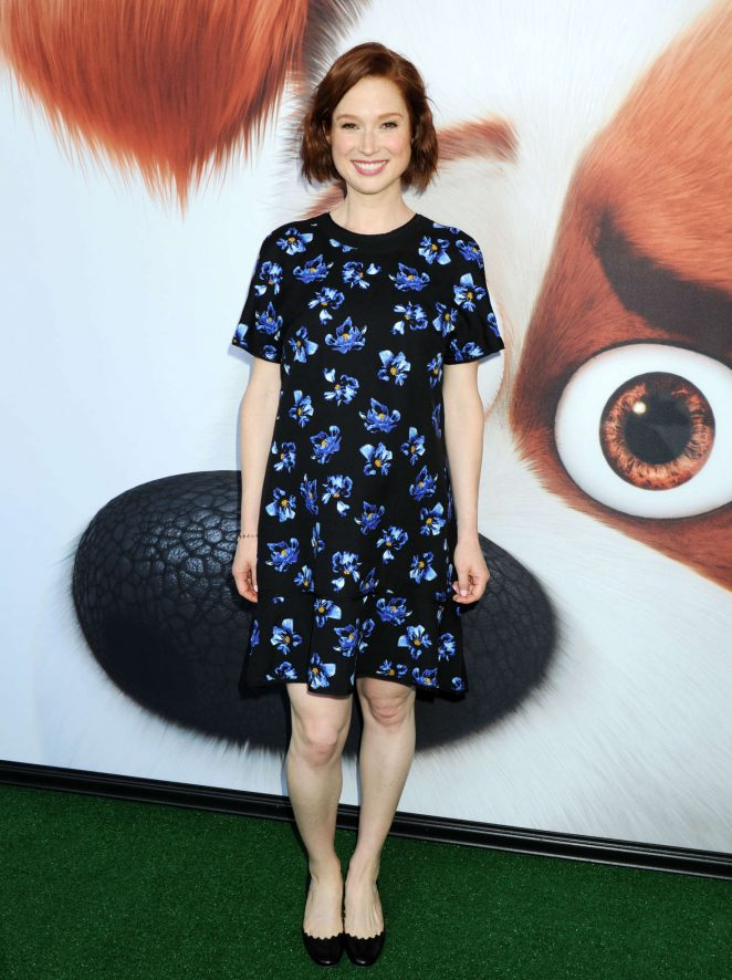 Ellie Kemper - 'Secret Life of Pets' Premiere in New York City
