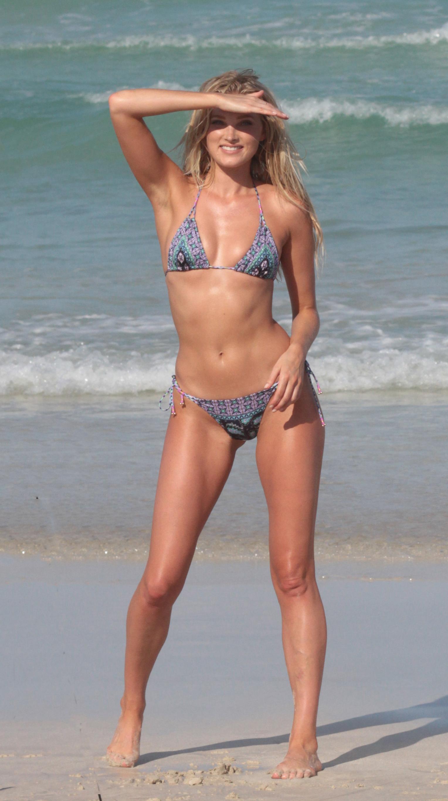 Elsa hosk in bikini new picture