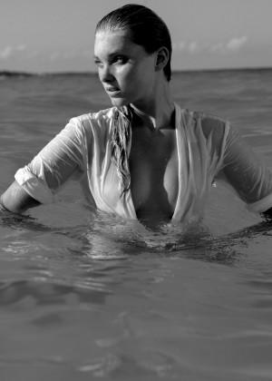 Elsa Hosk - GQ Mexico Magazine (August 2015)