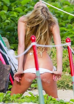 Elsa Hosk: Hot in Victorias Secret photoshoot in St. Barths-06