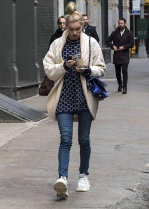 Elsa Hosk - Leaves her apartment in New York