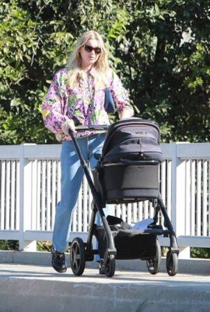 Elsa Hosk - Morning stroll candids in Pasadena