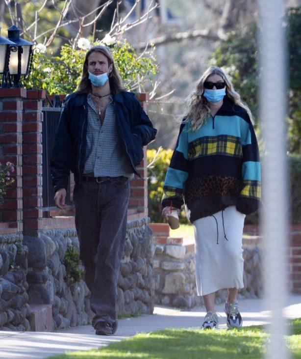 Elsa Hosk - Out for a stroll in Pasadena
