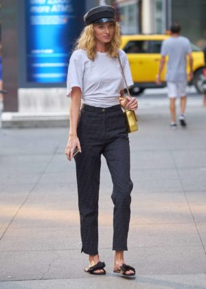 Elsa Hosk – Out in NYC