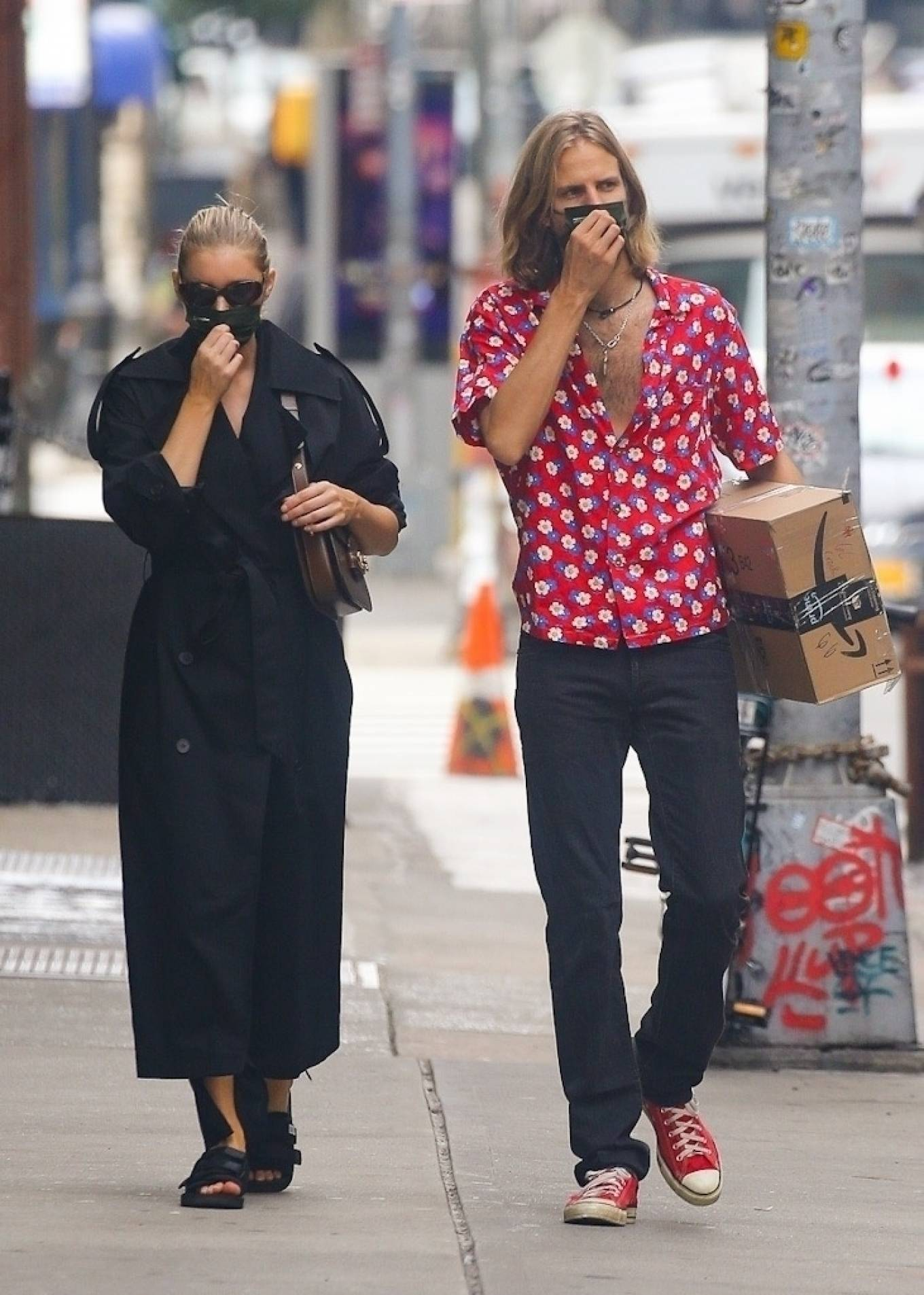 Elsa Hosk 2020 : Elsa Hosk with her boyfriend in New York City-13