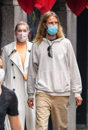 Elsa Hosk with her boyfriend - Out in New York