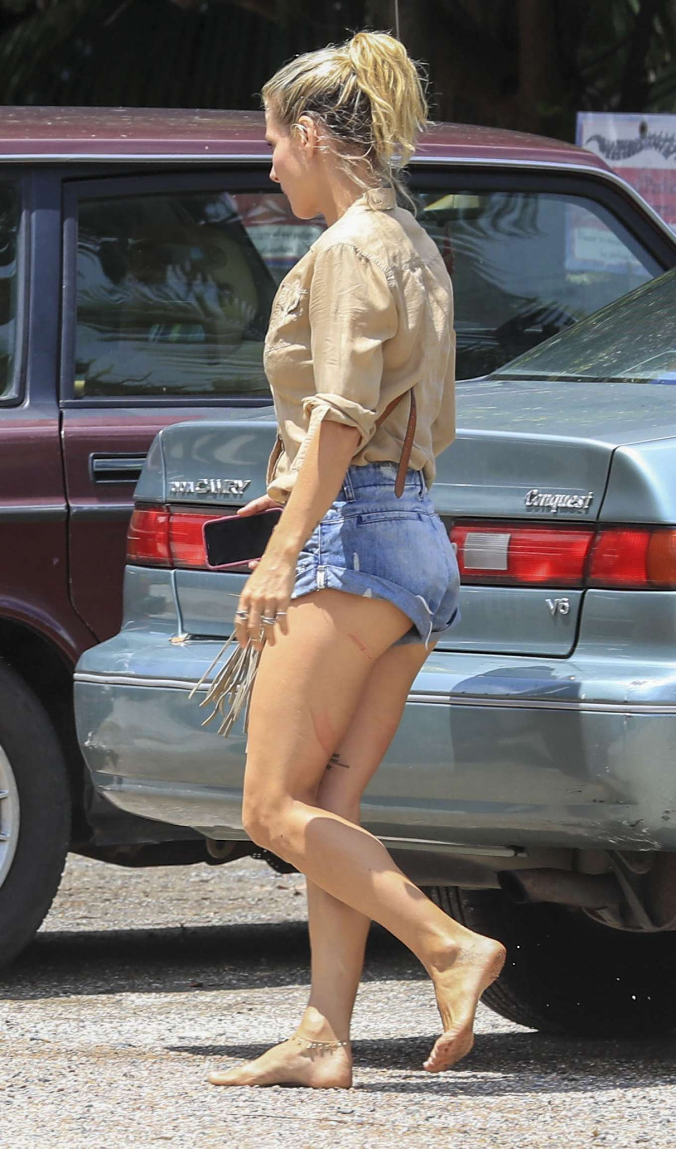 Elsa Pataky in Tight Denim Shorts at Byron Bay
