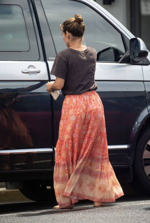 Elsa Pataky - Was spotted while out in Byron Bay