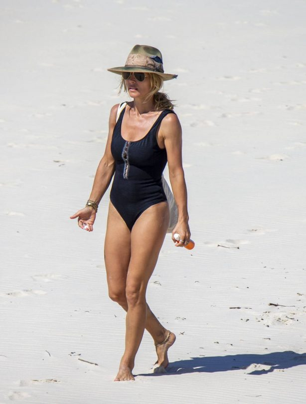 Elsa Pataky - Wearing black swimsuit on vacation at Byron Bay
