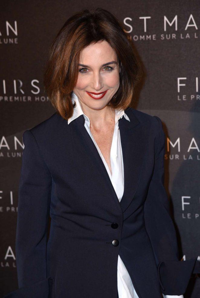 Elsa Zylberstein - 'First Man' Premiere in Paris