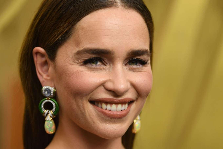 Emilia Clarke 2019 : Emilia Clarke – 2019 Emmy Awards-01