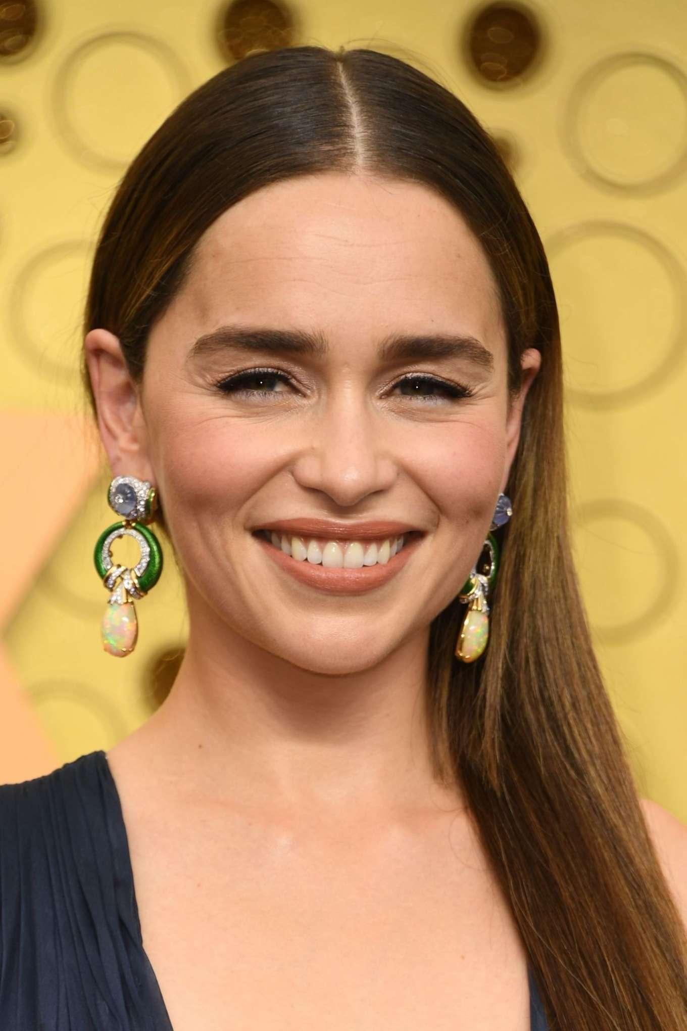 Emilia Clarke 2019 : Emilia Clarke – 2019 Emmy Awards-19